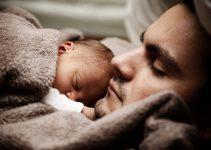 Negative effects of older children sleeping with their parents